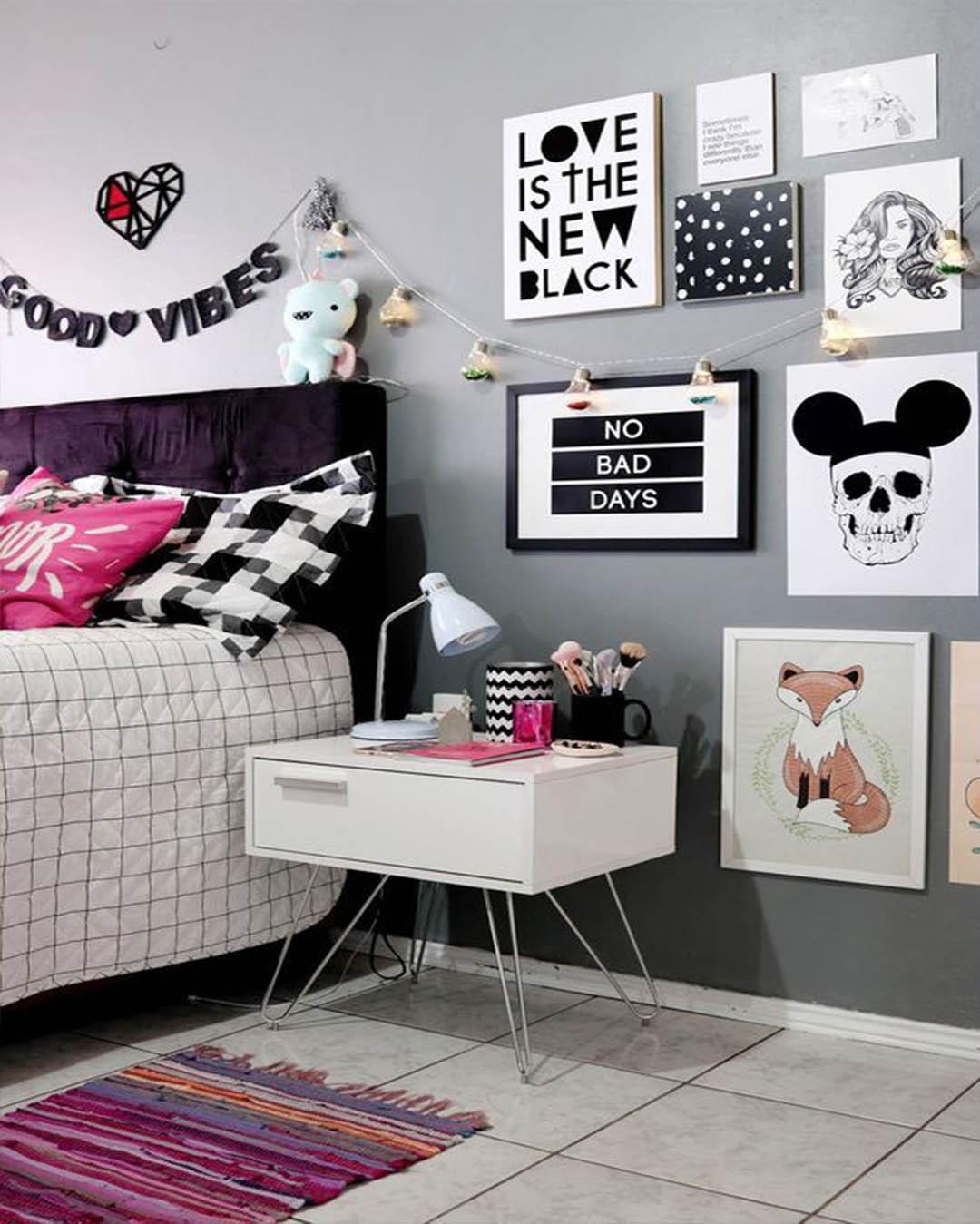 Blanco negro y Rosado en habitación Tumblr