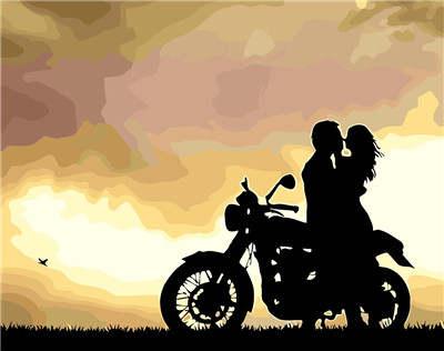 fondo de pareja enamorada en moto