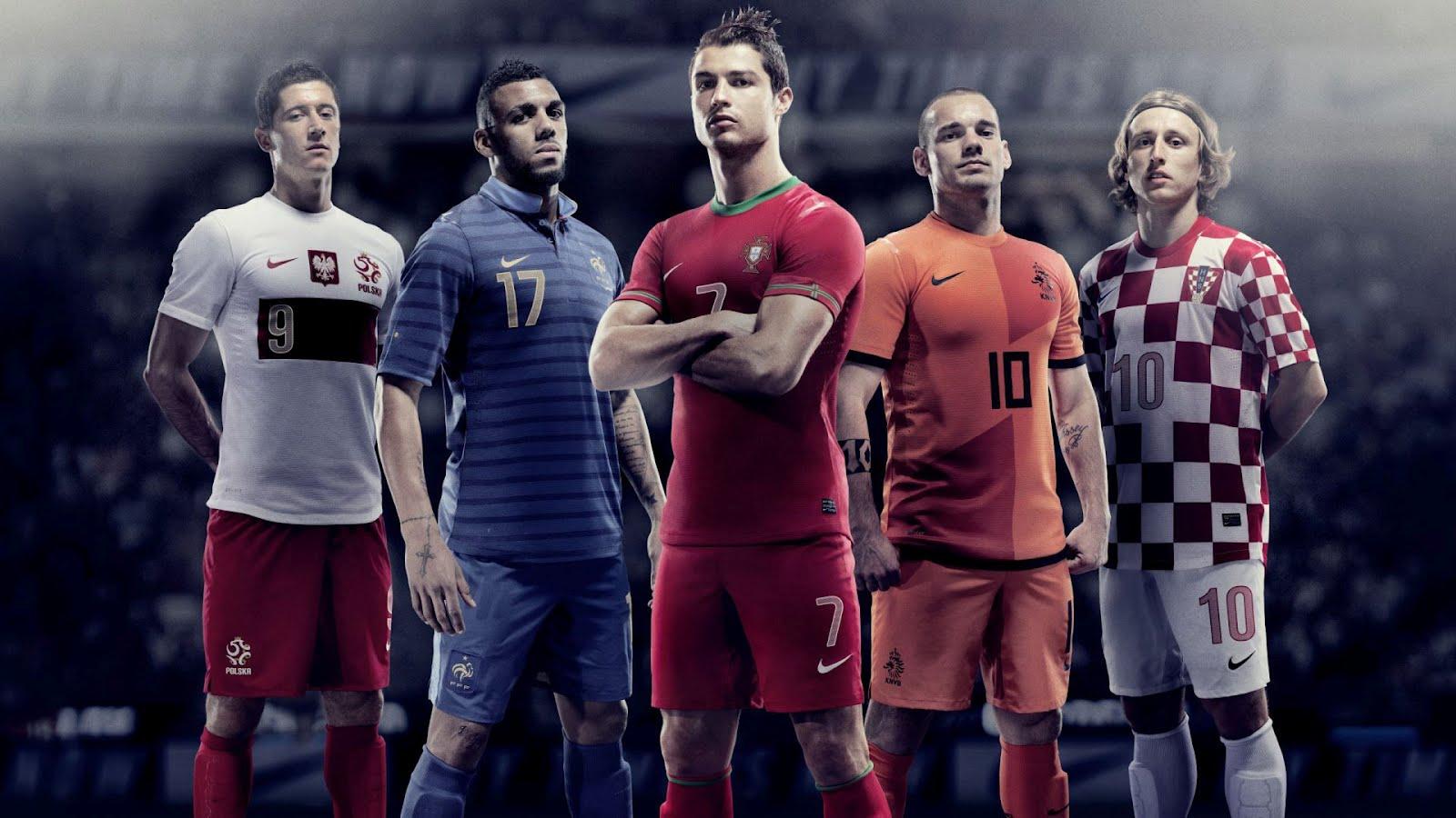 Fondo de pantalla con jugadores de futbol