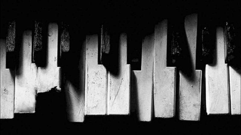 Wallpaper piano HD