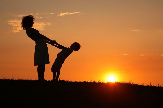 Fondos De Madre E Hijo