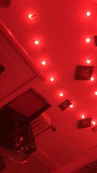 Tumbrl Red