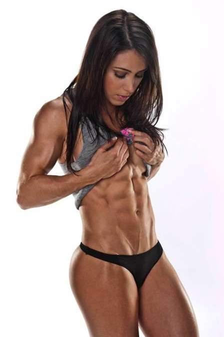 bella falconi edad