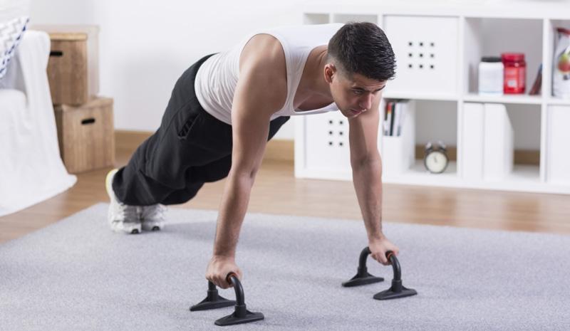 fondos de triceps ejercicios en casa