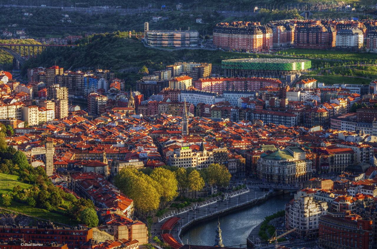 Bilbao de fondo