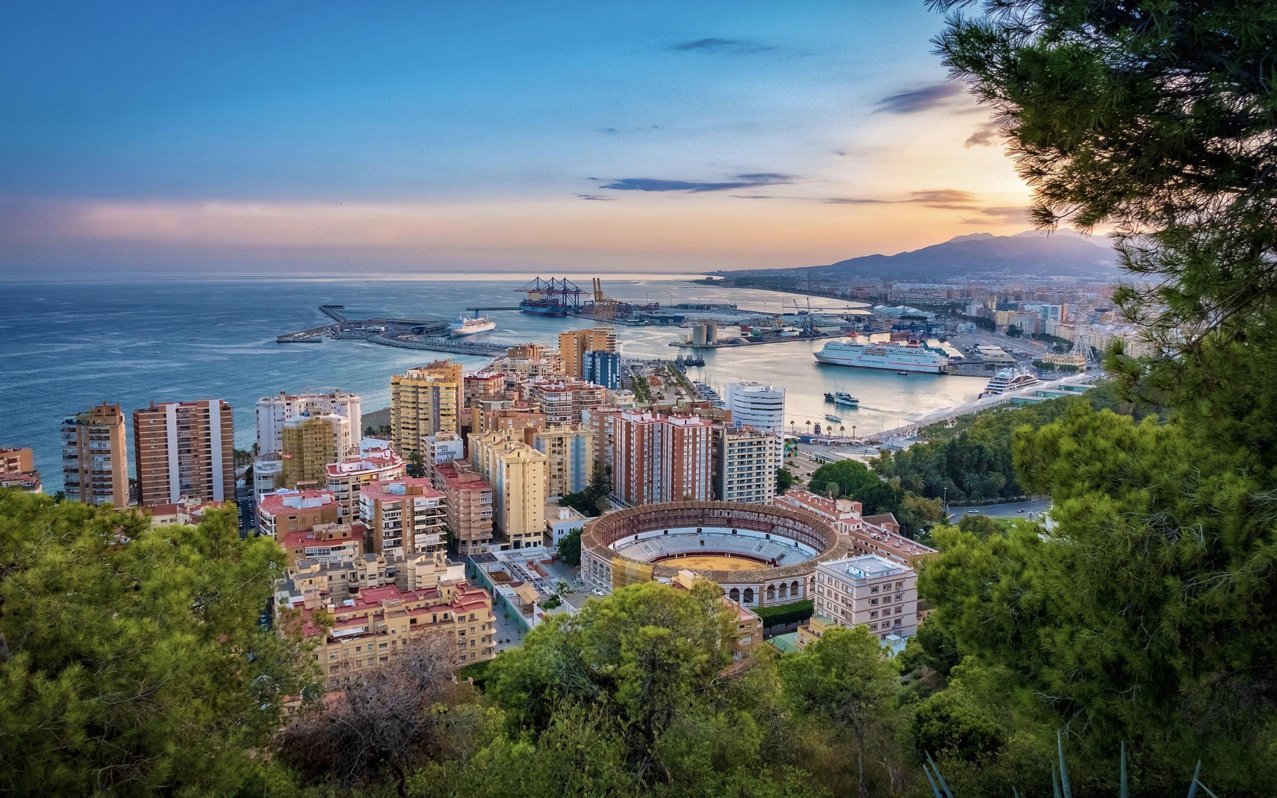 Málaga de fond