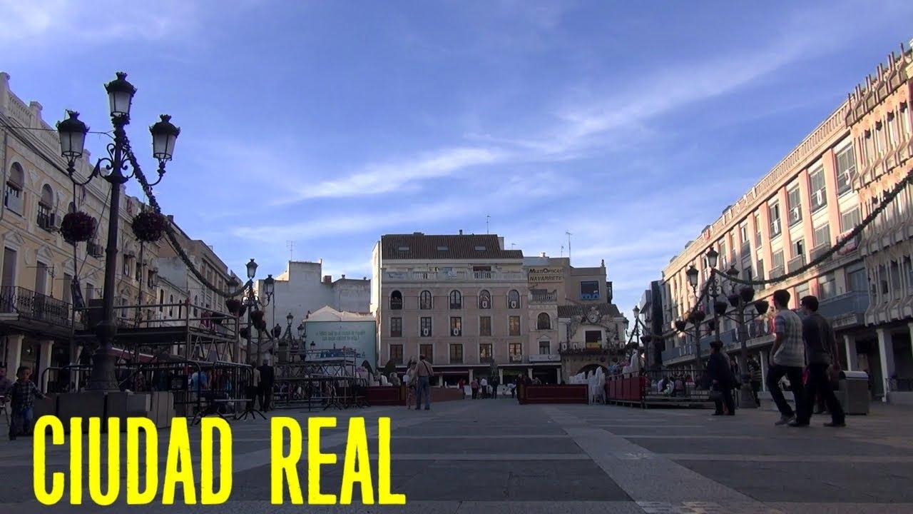 Ciudad Real de fondo